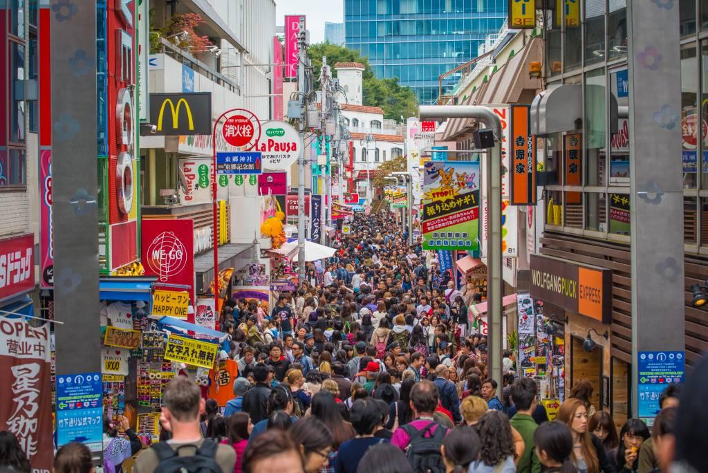 Takeshitadori Harajuku Crowds