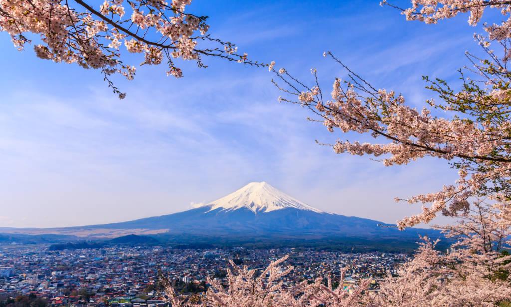 mount fuji japan climbing fuji