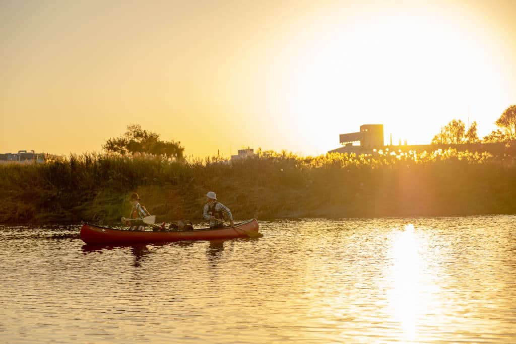 Tama River canoeing at sunset
